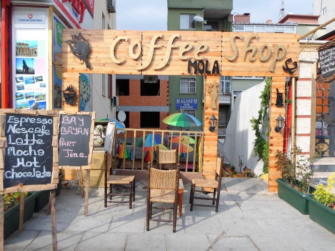 Mola Mola Coffee Shop