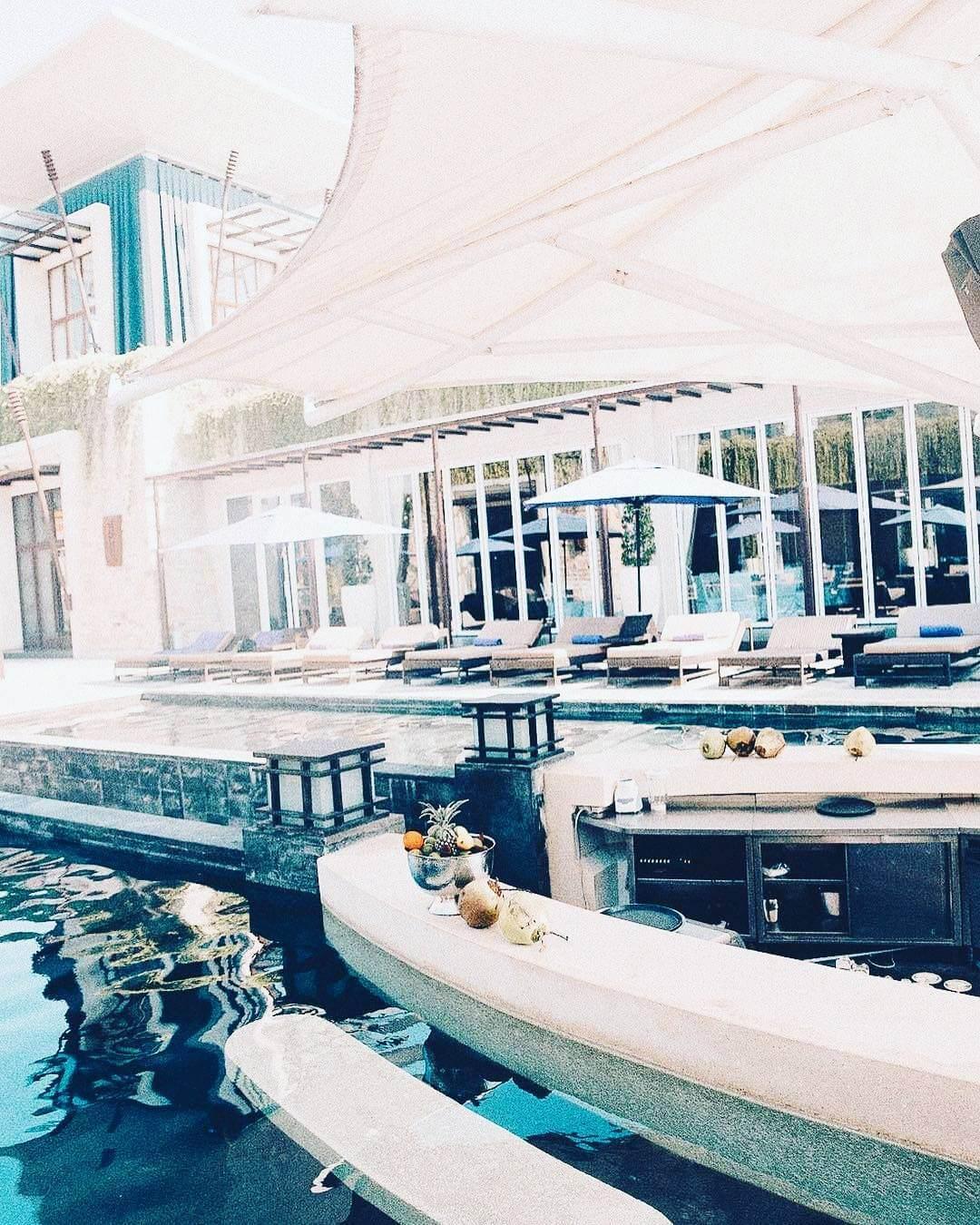 Lagoon Bar - The Sakala Resort