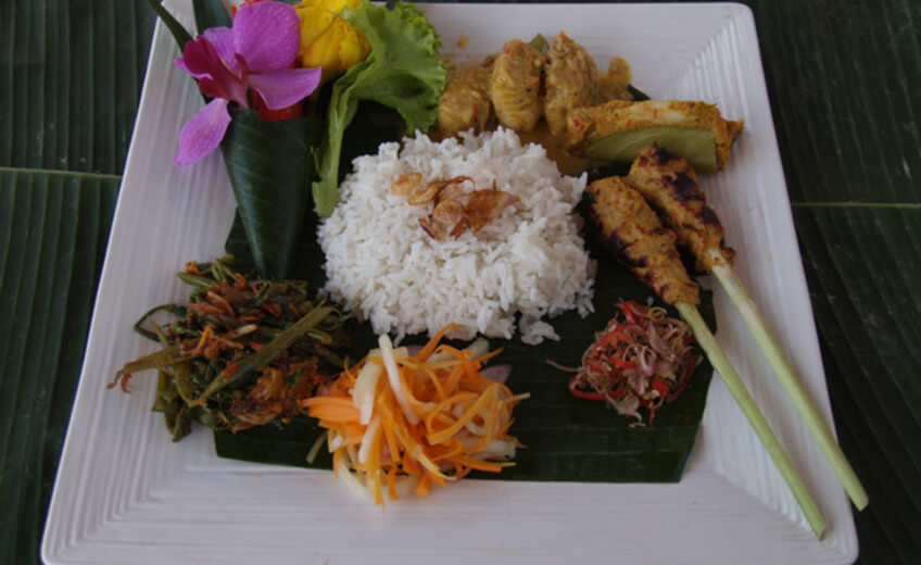 Morning Food Tour and Cooking Class in Kuta