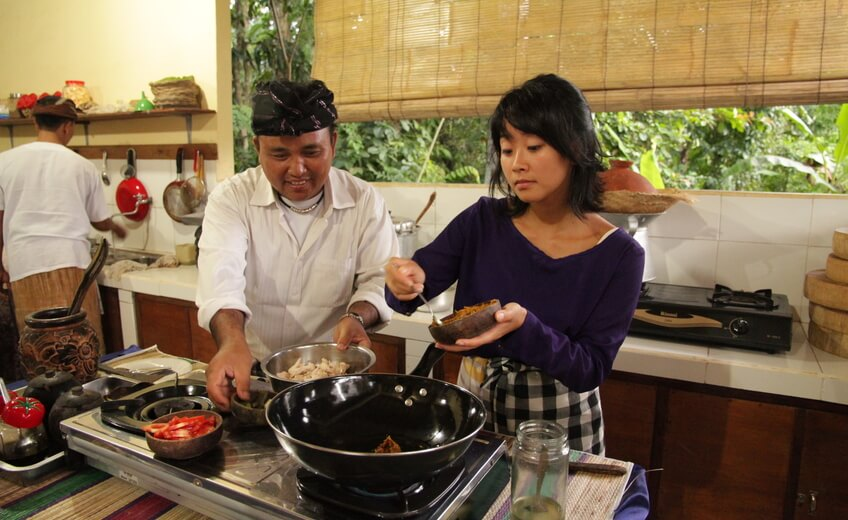 A Unique Food Tour and Balinese Cooking Class in Ubud