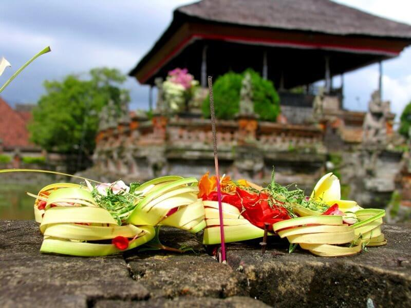 Sacred Balinese Offerings Workshop in Ubud
