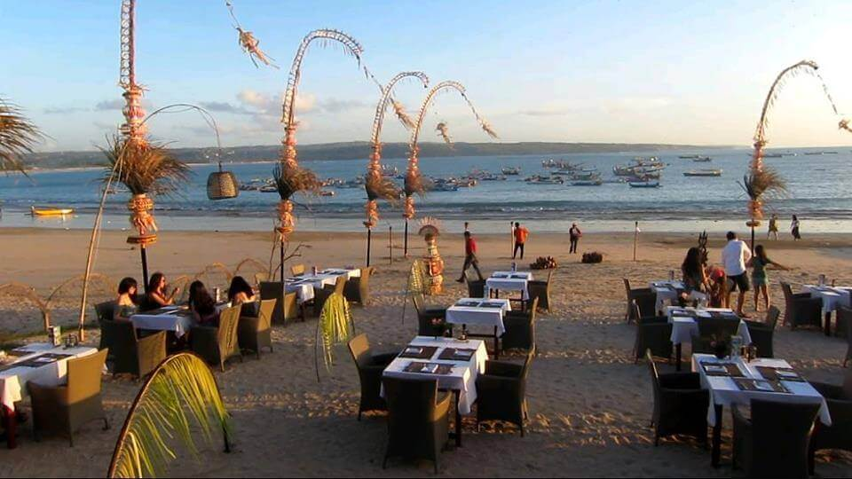 Bawang Merah Beachfront Restaurant