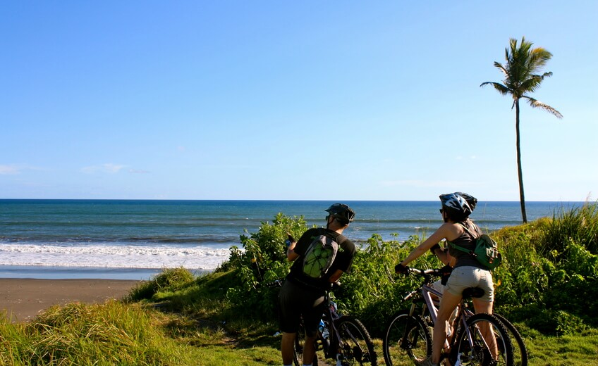 Family Cycling Tour in Tanah Lot