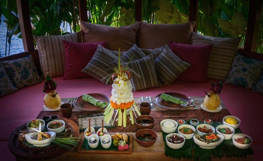 Balinese Rijsttafel In Jimbaran