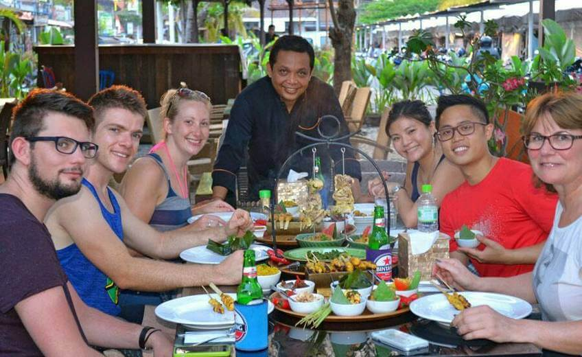 Balinese Rijsttafel with Barbecued Pork Ribs