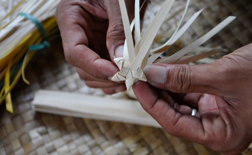 Balinese Lontar Weaving Workshop in Ubud