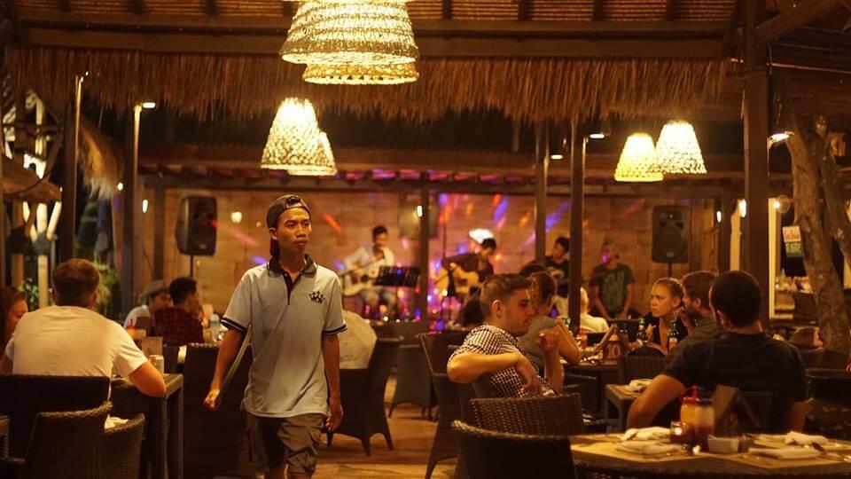 Raja Bar & Restaurant