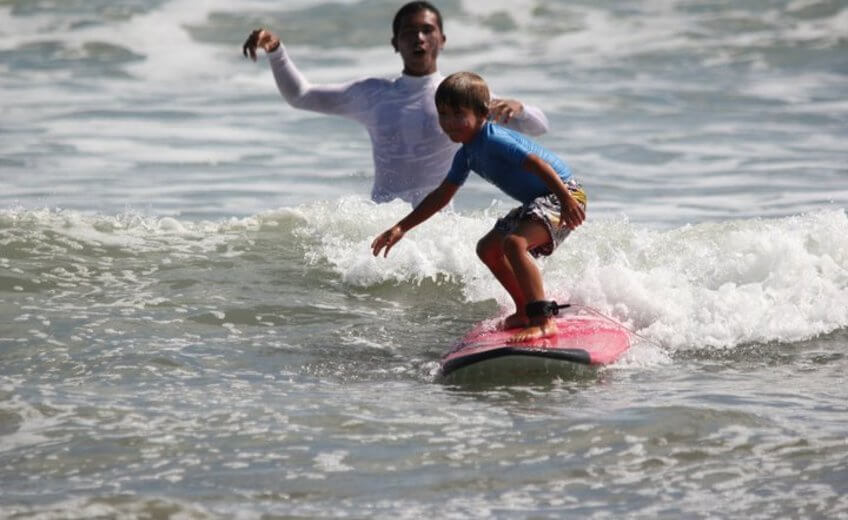 Beginner Surf Lesson in Padma Beach
