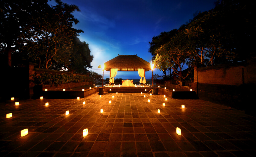 Candlelight Romantic Dinner In Jimbaran