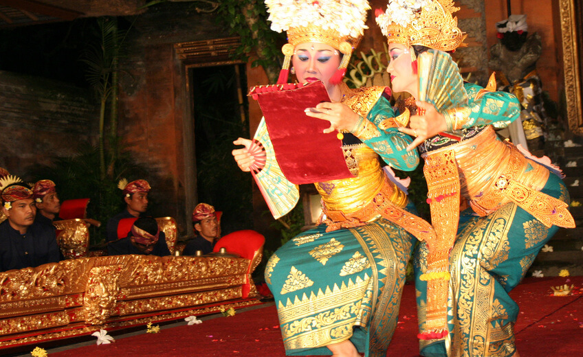Traditional Balinese Dance Workshop in Ubud