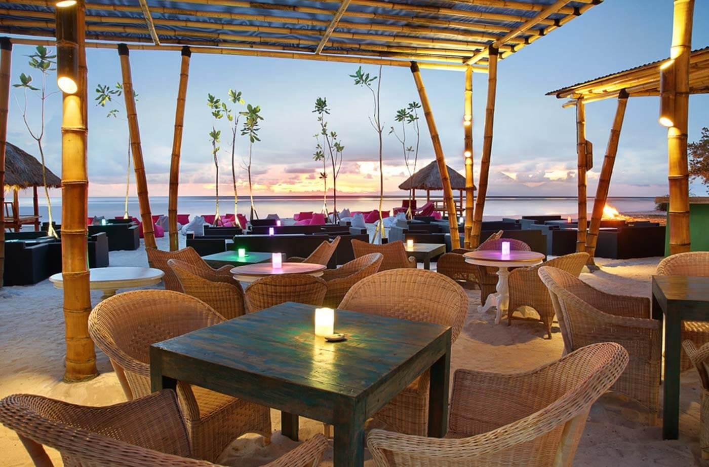 Sunset Kiss Beach Club