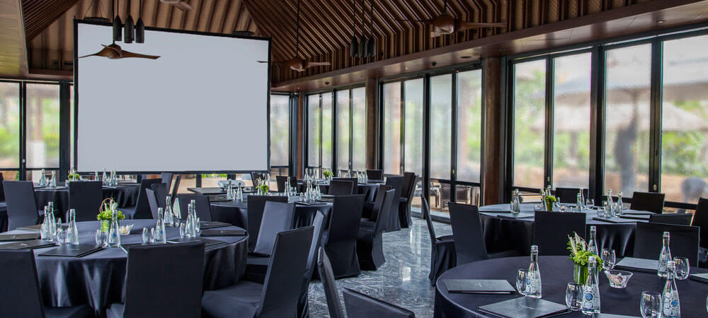 The Restaurant - The Sakala Resort